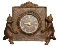 El reloj de tabla del vintage adornó dos gatos Fotografía de archivo