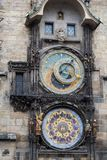 El reloj famoso de Praga Imágenes de archivo libres de regalías