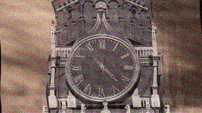 El reloj grande gira r?pidamente