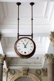 El reloj, Karlovy varía foto de archivo libre de regalías