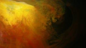 El remolino mezclado colorido de la pintura entinta el interfusion del movimiento almacen de metraje de vídeo