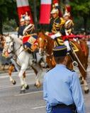 El republicano francés guarda durante el ceremonial del día nacional francés el 14 de julio de 2014 en París, campeones Fotos de archivo libres de regalías