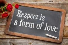El respecto es una forma de amor en la pizarra fotografía de archivo libre de regalías
