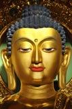El resplandor de oro del estilo chino del budismo Fotografía de archivo libre de regalías