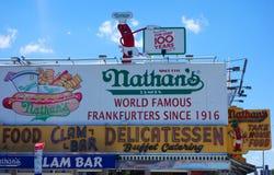 El restaurante original del ` s de Nathan en Coney Island, Nueva York Fotos de archivo libres de regalías