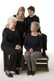 El retrato de la familia compone de 4 mujeres Foto de archivo libre de regalías