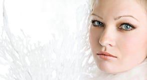 El retrato de la muchacha hermosa Imagen de archivo libre de regalías