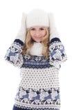 El retrato de la muchacha hermosa preciosa que presenta en invierno viste isola Fotos de archivo libres de regalías