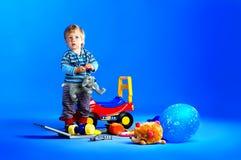 El retrato de un poco un muchacho de los años Imagen de archivo libre de regalías