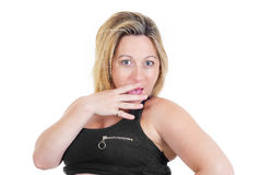 El retrato de una mujer rubia hermosa sorprendida en blanco aisló el fondo Fotografía de archivo