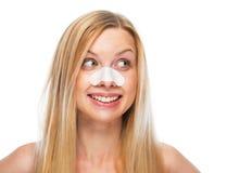 El retrato del adolescente sonriente con aclara tiras en nariz Fotos de archivo libres de regalías