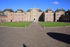 El retrete histórico del Het del castillo, los Países Bajos Imagenes de archivo