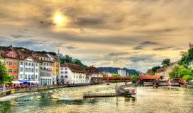 El río Reuss en Alfalfa, Suiza Imagen de archivo libre de regalías