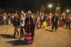 EL ROCIO, ANDALOUSIE, ESPAGNE - 24 mai : Convergence de nuit de tous les romerias à la prière et à la célébration solennelles image libre de droits