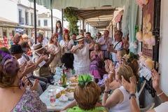 EL ROCIO, ANDALOUSIE, ESPAGNE - 22 mai : Romeria après visite du sanctuaire va au village Photos libres de droits