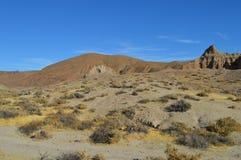 El rojo oscila el barranco Cliff Slope California Imagenes de archivo