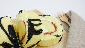 El rollo delicioso del atasco del arándano Foto de archivo