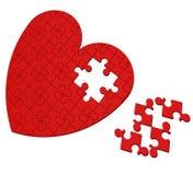 El rompecabezas inacabado del corazón muestra el día de tarjeta del día de San Valentín Fotos de archivo libres de regalías