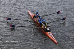 El rowing de Nassau compite con en el jefe del campeonato Fours de Charles Regatta Men Foto de archivo libre de regalías