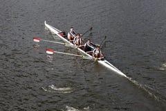 El rowing FIT compite con en el jefe del campeonato Fours de Charles Regatta Men Foto de archivo libre de regalías