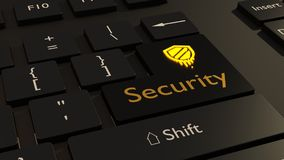 El símbolo de la fusión en amarillo en el teclado negro incorpora el cybersecur de la llave Fotos de archivo libres de regalías