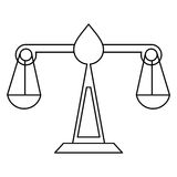 El símbolo de la ley de la escala de la justicia enrarece la línea Imagen de archivo libre de regalías