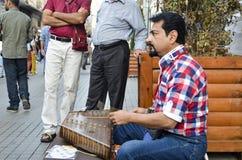 El ` s de Turquía la mayoría de la calle famosa allí es muchos músicos en imágenes de archivo libres de regalías