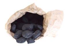 El saco, bolso aisló el carbón, pepitas del carbón Fotos de archivo