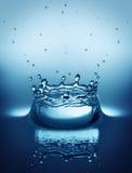 El salpicar de la gotita de agua Foto de archivo libre de regalías