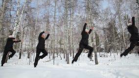 El salto de la bailarina almacen de metraje de vídeo
