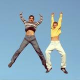 El salto de los muchachos Fotografía de archivo libre de regalías