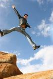 El salto del hombre de la alegría Foto de archivo libre de regalías
