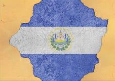 El Salvador flaggaabstrakt begrepp i hål för agg för fasadstruktur stort skadat Royaltyfria Bilder