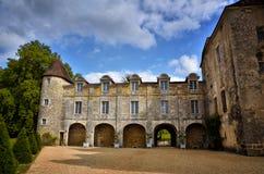 El Santo-Jean-de-col es un pueblo medieval en el norte de la Dordoña, Francia Imágenes de archivo libres de regalías