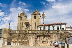 El SE hace Oporto (la catedral de Oporto) Imágenes de archivo libres de regalías