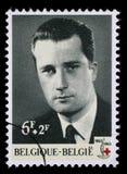 El sello impreso en Bélgica se dedica al 100o aniversario de la Cruz Roja internacional Foto de archivo