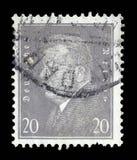 El sello impreso en el Reich alemán muestra a Friedrich Ebert imagen de archivo