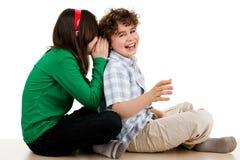 El sentarse feliz de los niños Imagen de archivo