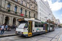 El servicio de la tranvía del círculo de la ciudad de Melbourne está actuando en el b central foto de archivo libre de regalías