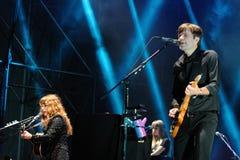 El servicio postal, grupo musical electrónico americano, se realiza en el festival 2013 del sonido de Heineken Primavera Imagen de archivo libre de regalías