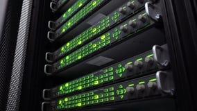 El servidor del centro de datos atormenta las luces verdes del centelleo LED Estantes audios de la telecomunicación stock de ilustración
