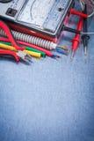 El sistema de artículos eléctricos se cierra encima de concepto de la construcción de la visión imagen de archivo libre de regalías