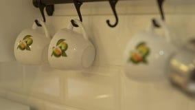 El sistema de las tazas de té almacen de metraje de vídeo