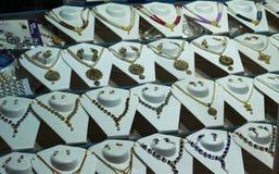 El sistema neckless de la joyería de la moda adornó fotos de archivo libres de regalías