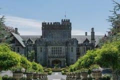El sitio histórico nacional del castillo de Hatley está situado en Colwood, británico fotos de archivo