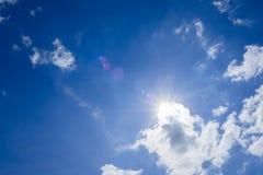 El sol en la luz del día Fotos de archivo libres de regalías