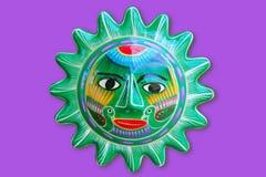El sol indio mexicano handcraft de cerámica aislado Fotografía de archivo
