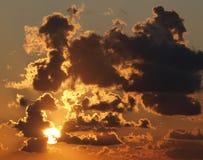 El sol y las nubes Fotografía de archivo libre de regalías