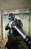 El soldado armado Fotos de archivo libres de regalías