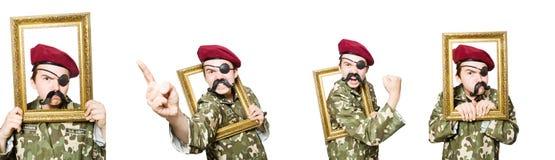 El soldado divertido en concepto militar fotografía de archivo